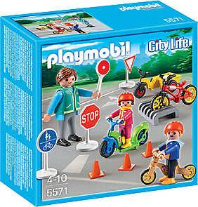 Playmobil City Life - Preschool, Copii cu semne de circulatie