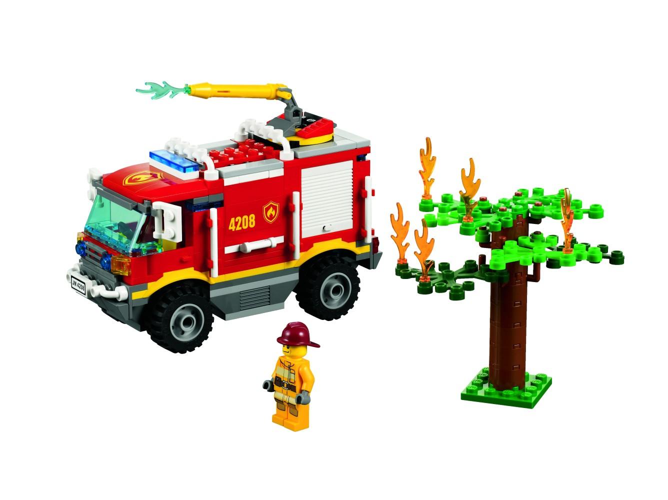 LEGO - LEGO City, Masina de pompieri 4x4 -